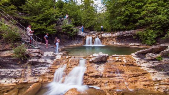 Экскурсия По руслу реки Агва к водопадам в Адлере