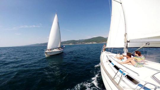 Экскурсия Прогулка на парусной яхте в Адлере