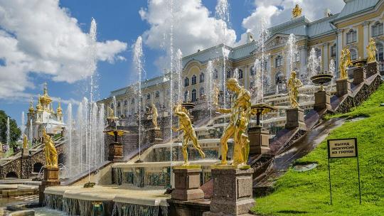 Экскурсия Петергоф - экскурсия на весь день в Санкт-Петербурге