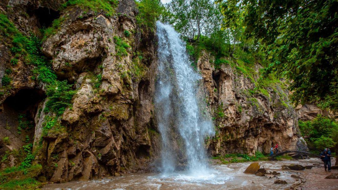 Медовые водопады - гора Кольцо - фото 1