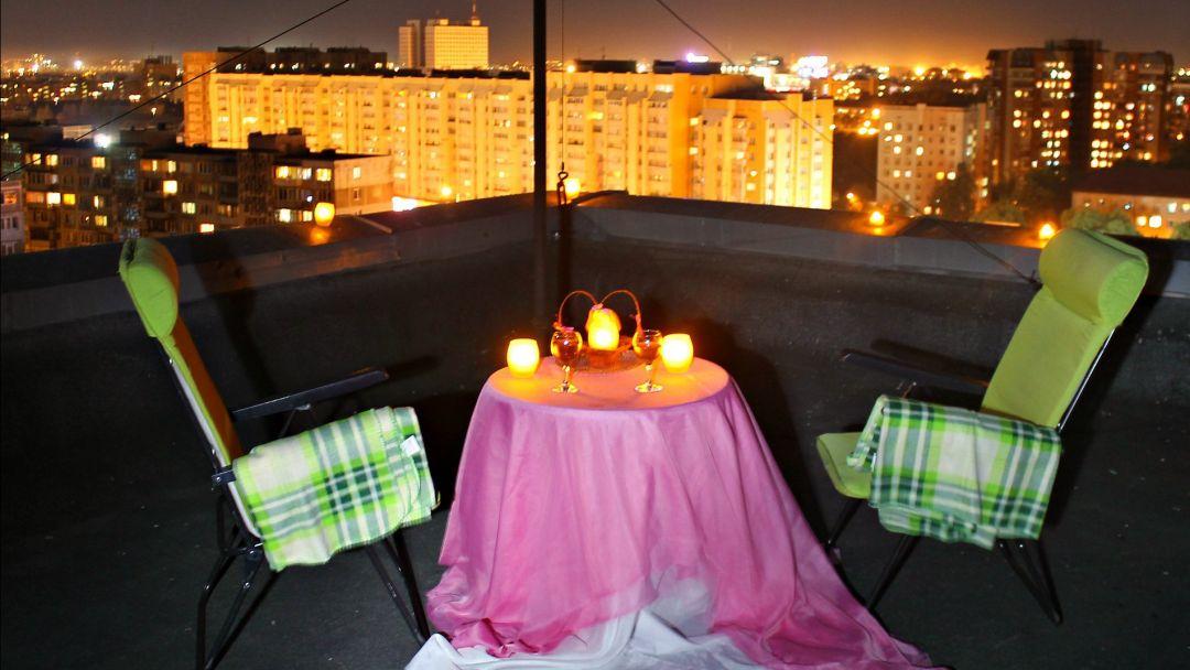 Романтический вечер на крыше в центре города - фото 2