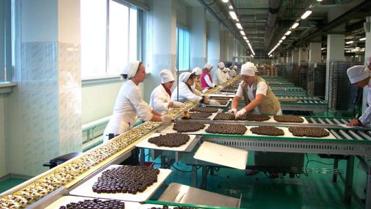 Шоколадный Новый Год на фабрике с Дедушкой Морозом - фото 5