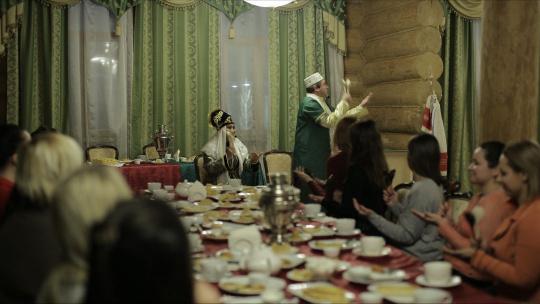 """Экскурсия """"Гостеприимный Дом Бая""""- развлекательная программа по Казани"""