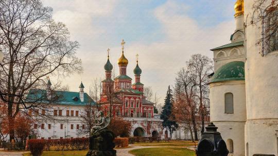 Новодевичий некрополь с рассказом о монастыре - фото 2