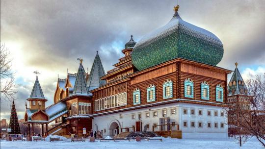 Экскурсия Восьмое чудо света - Дворец царя Алексея Михайловича в Коломенском по Москве
