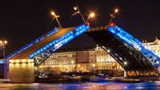 Экскурсия Индивидуальная ночная экскурсия по Санкт-Петербургу с разводом мостов в Санкт-Петербурге