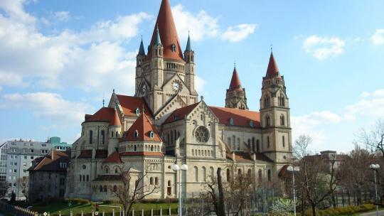 Экскурсия Вена, Будапешт и Братислава по Праге