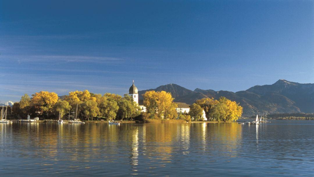 Озеро Кимзее и дворец Херренкимзее - фото 2
