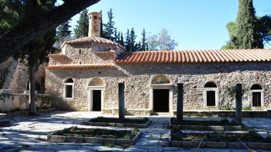 По святым местам Афин - Монастырь Кесариания - фото 3