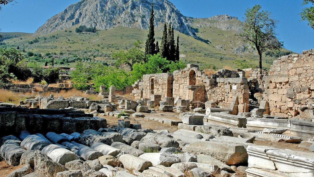Древний Коринф и Монастырь св. Потапия - фото 1