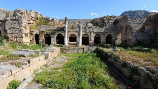 Древний Коринф и Монастырь св. Потапия - фото 3
