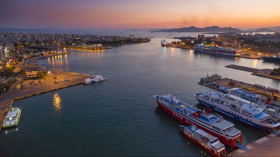 из порта Пирей - фото 3