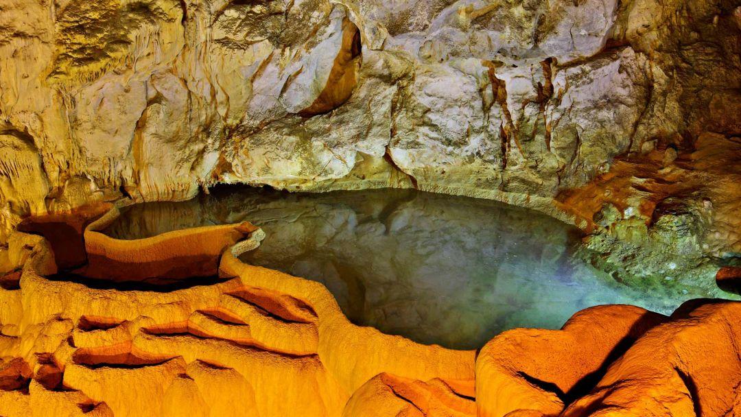 Экскурсия Пещеры Диру