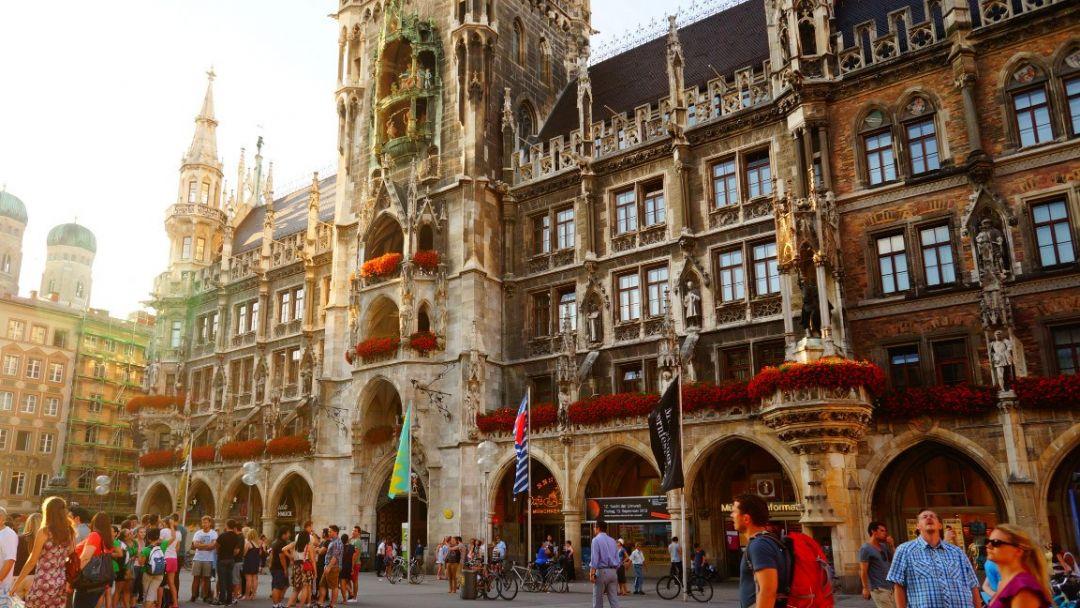 Мюнхен и замки Баварии - фото 2