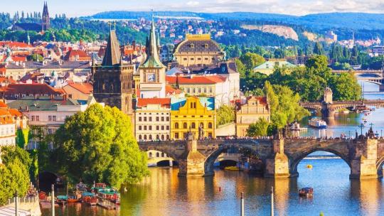 Экскурсия Часовая прогулка по реке Влтаве по Праге