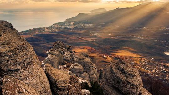 Экскурсия Каменные идолы горы Демерджи по Севастополю