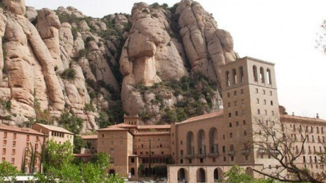 Монастырь на горе Монтсеррат - фото 2