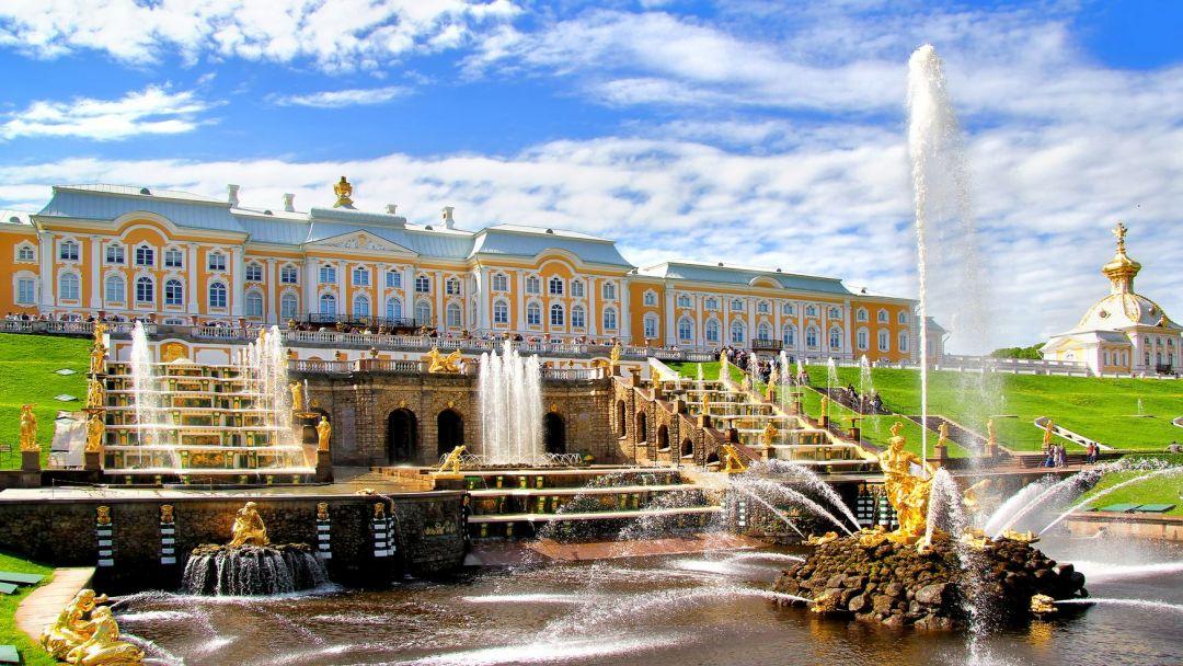 Петергоф Большой Дворец  - фото 1