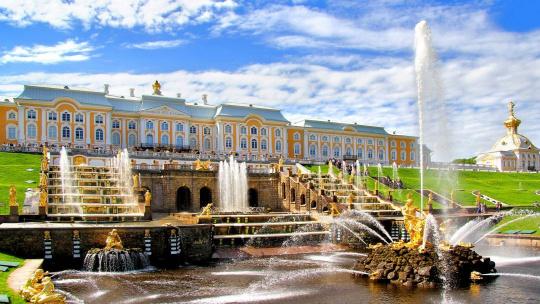 Экскурсия Петергоф Большой Дворец  в Санкт-Петербурге