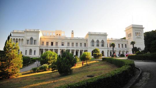 Три дворца Южнобережья - фото 2