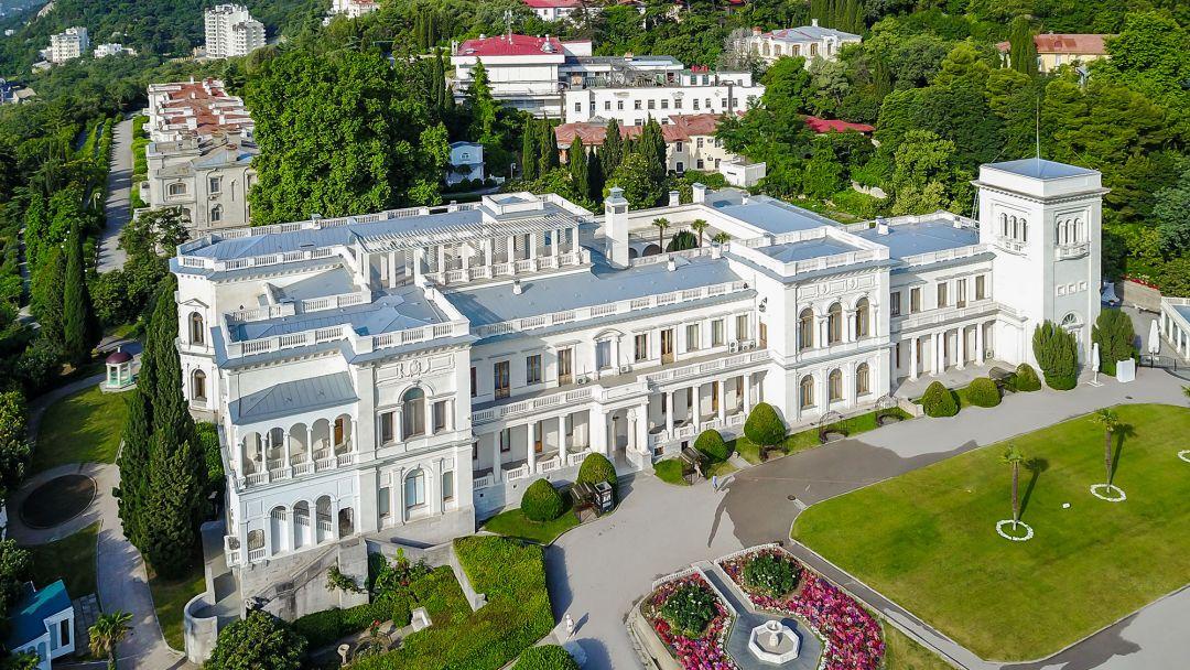 Три дворца Южнобережья - фото 10