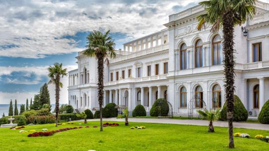 Экскурсия Три дворца Южнобережья в Алуште