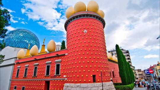 Экскурсия Барселона Сальвадора Дали по Барселоне