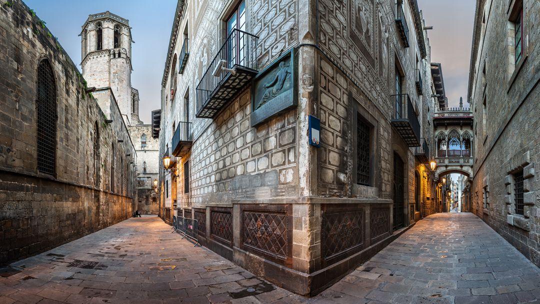 По старой Барселоне - фото 5