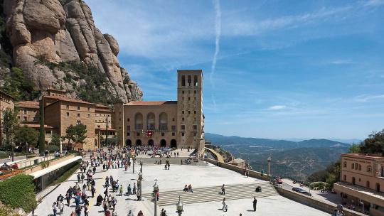 Гора Монсеррат — главная святыня Каталонии - фото 2