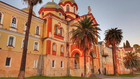 Экскурсия Святыни солнечной Абхазии в Адлере