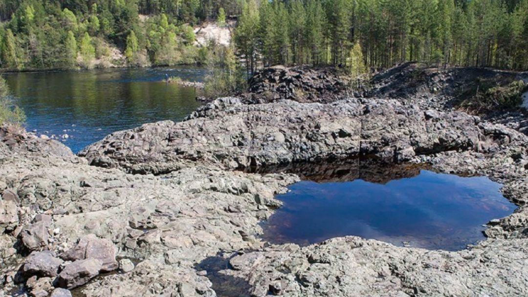 Вулкан Гирвас и Беломосркие петроглифы - фото 3