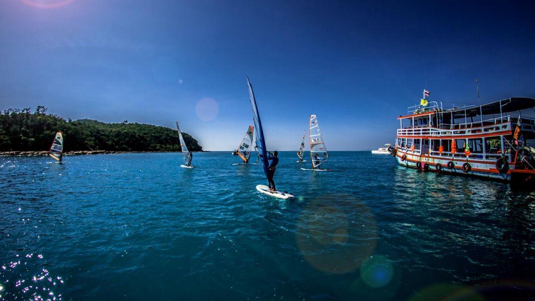 """Морской круиз """"Мадагаскар"""" в Сиамском заливе в Паттайе"""