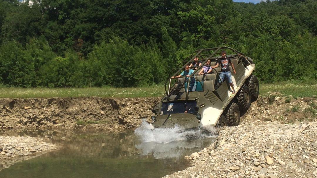Поездка на БТР в горы - фото 2