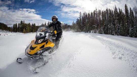 Экскурсия Прокат туристического снегохода на 1 час