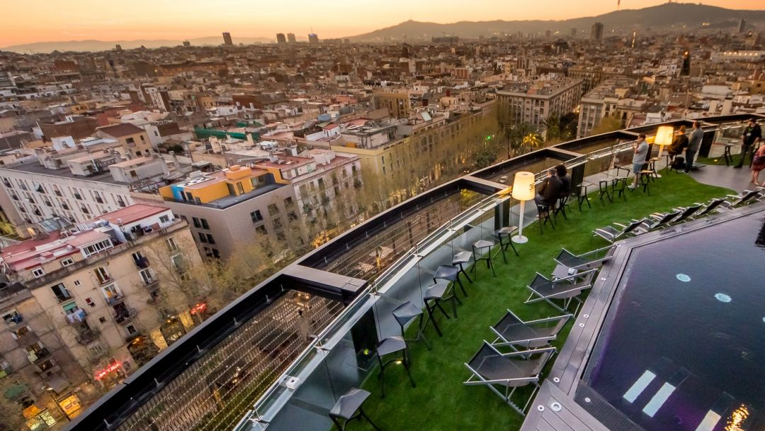 Экскурсия По крышам Барселоны