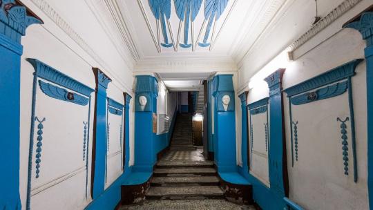 Петроградка: сквозь призму витражей - фото 2