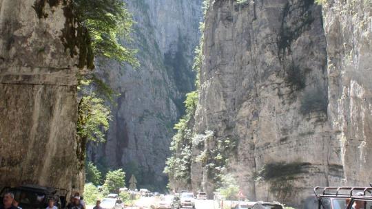 Джиппинг тур на Гегский водопад из Адлера в Абхазию - фото 2