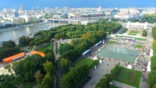 Москва с американским акцентом - фото 6