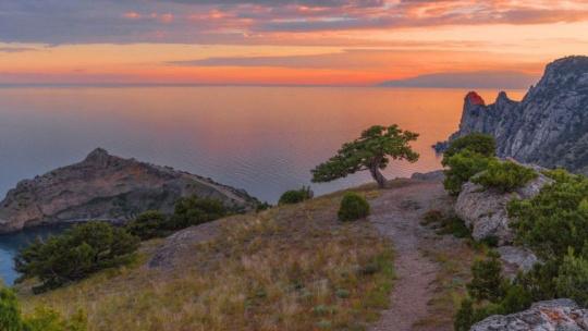 Мото-Экскурсия на мопеде: Закат на Фиоленте и ночная Балаклава - фото 3