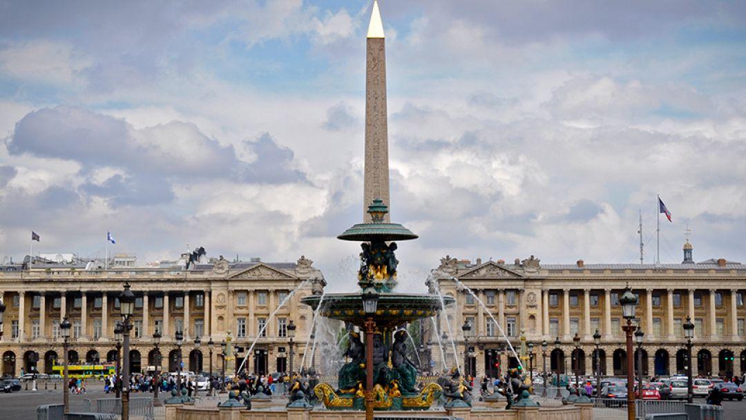 Обзорная пешеходная экскурсия по Парижу