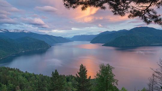 Телецкое озеро по Горно-Алтайску