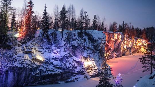 Экскурсия Новогодняя Сказка в Рускеала,3 дня/2 ночи в Санкт-Петербурге