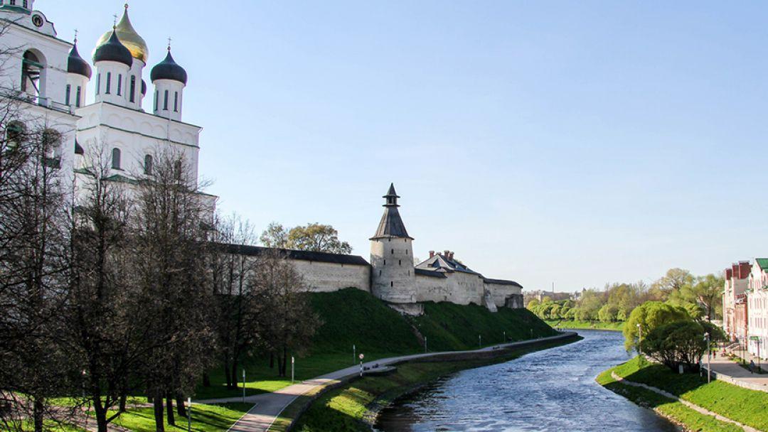 Хранители наследия: Псков-Изборск-Печоры - фото 1