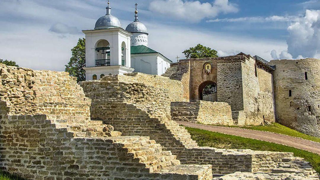 Хранители наследия: Псков-Изборск-Печоры - фото 2