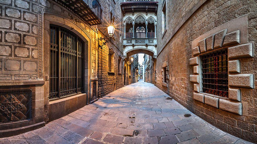 Обзорная пешеходная экскурсия по городу в Барселоне