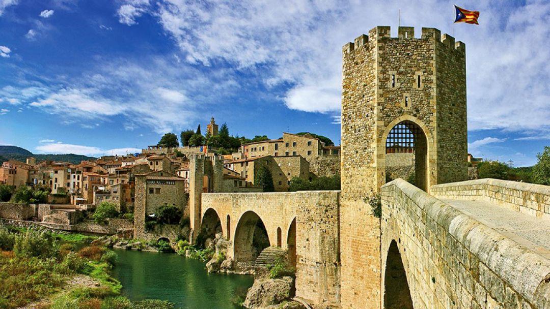 Средневековая Каталония: города Рупит и Бесалу в Барселоне