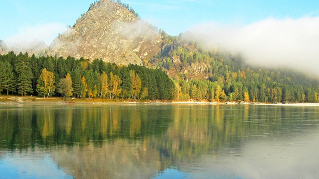 Гора Сугун-Туу (Луковка) в Алтае