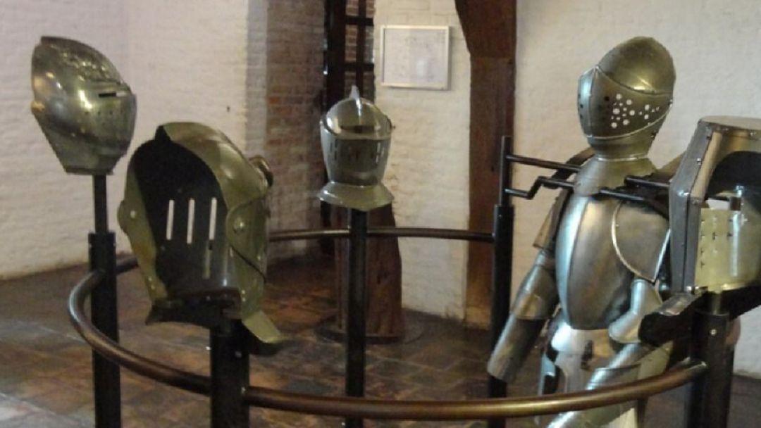 За 4 часа побывать в Замке Мяудерслот — 13 век - фото 2