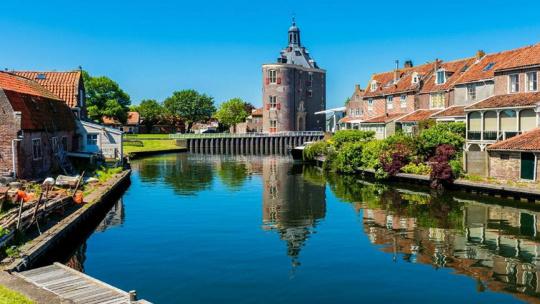 Экскурсия Энкхаузен — 5 часов прогуляться по голландской деревушке-музее под открытым небом по Амстердаму