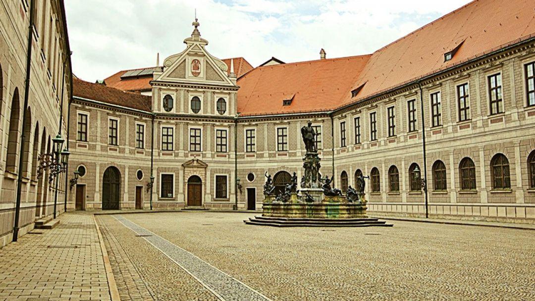 Мюнхенская резиденция - бывший дворец королей Баварии